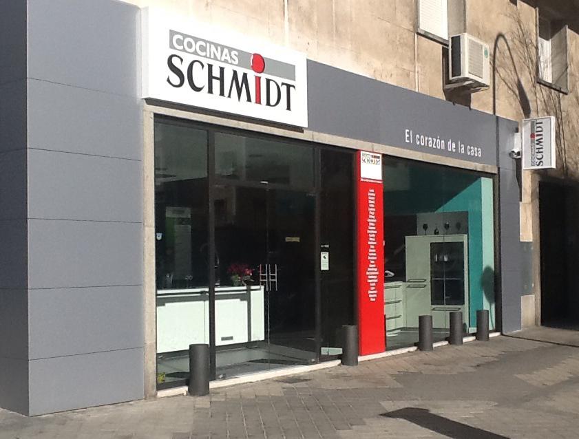 Schmidt cocinas inaugura su 10 tienda en madrid notas - Cocinas schmidt precios ...