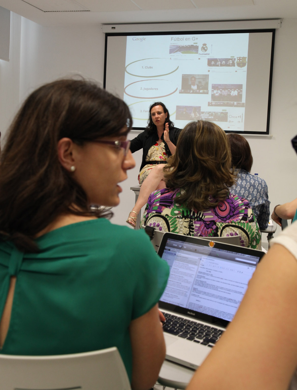 Clases de Marketing y Comunicación en Alicante con Helena Resano, Carlos Fernández Guerra y directivos de Google