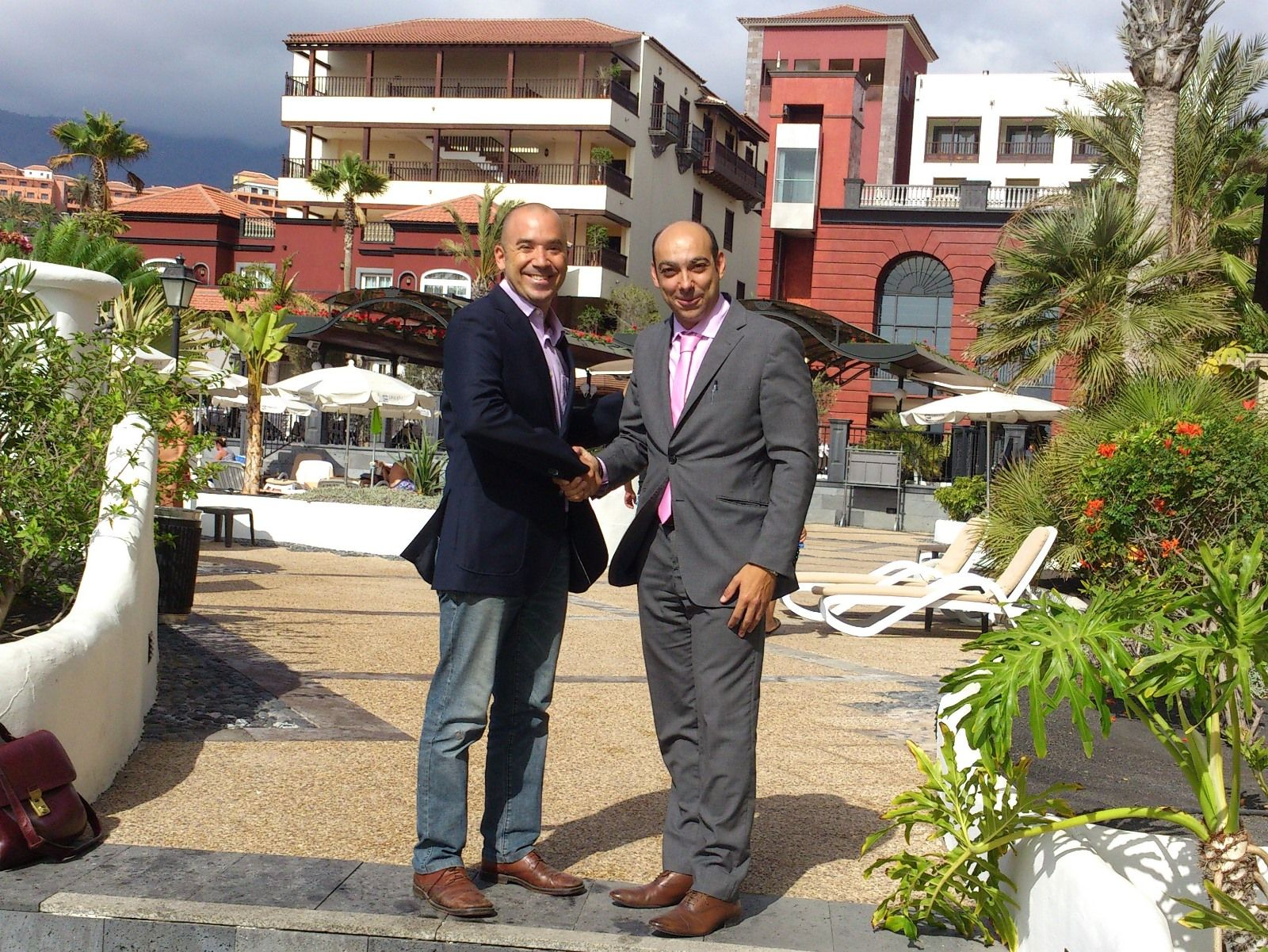 Dreamplace Hotels & Resorts escoje el sistema coaxial de WiFi Mundo