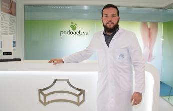 Antonio Martínez, podólogo de la Unidad del Pie de Policlínica Gipuzkoa y Podoactiva.