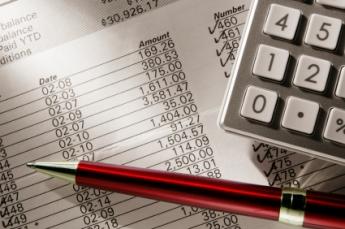 Detectores de billetes falsos contra las falsificaciones de dinero