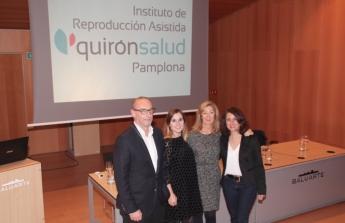 En la imagen, el Koldo Carbonero junto a las doctoras María Iglesias, Miren Mandiola y Charo Jimenez.