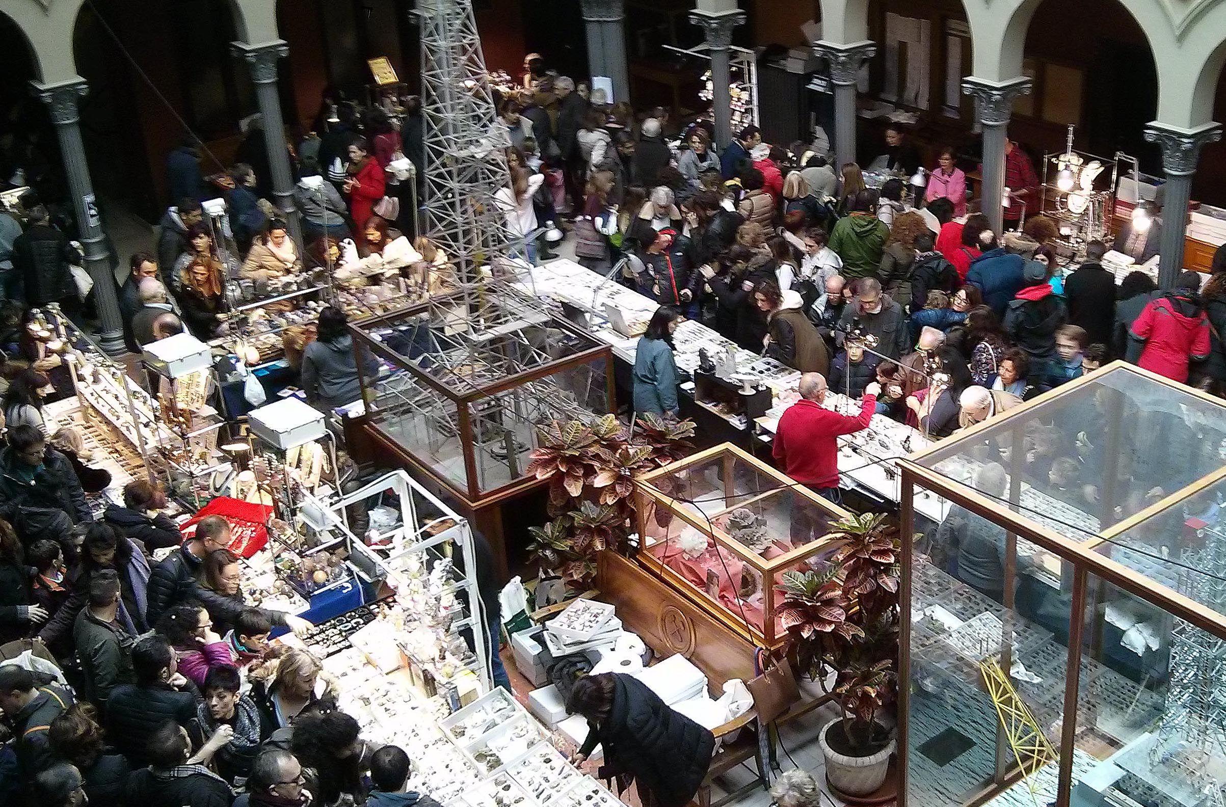 Fotografia Bolsa Exposición de comerciantes