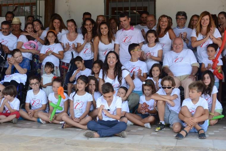 Fotografia Fundación Global Gift y Arques Clinic