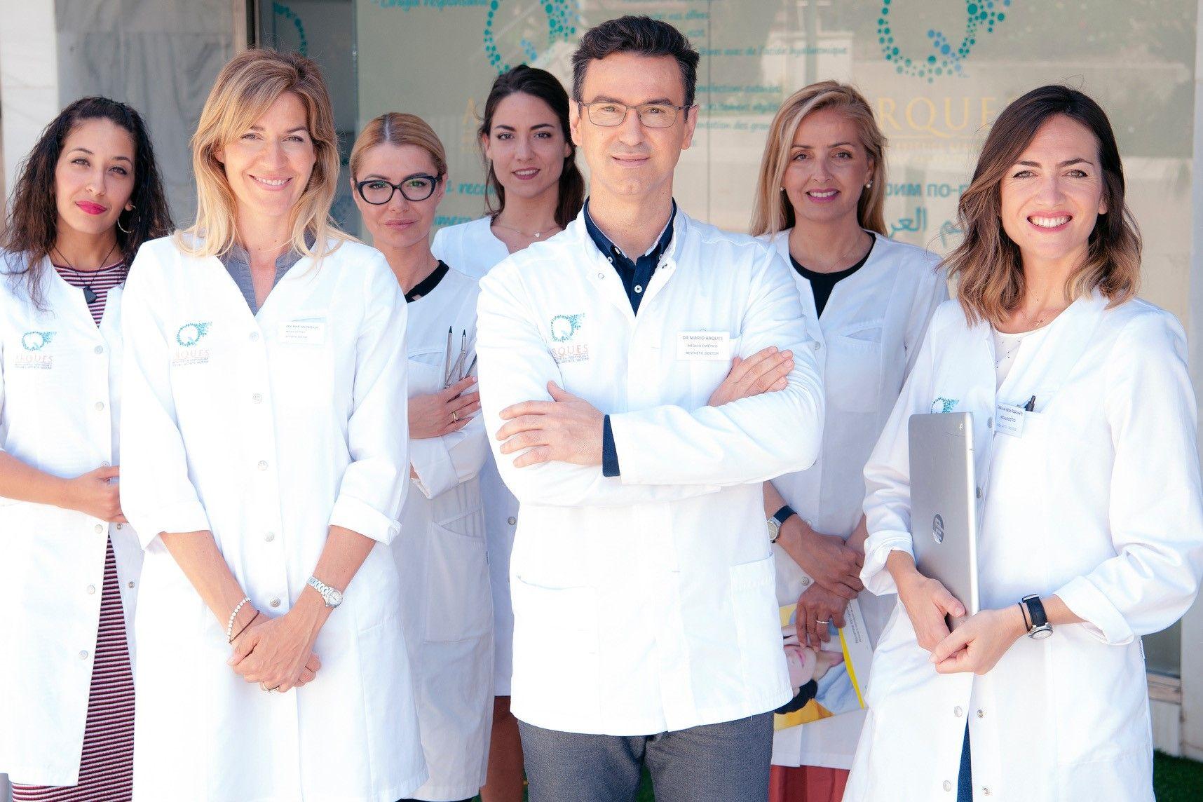 Fotografia Equipo solidario de Arques Clinic