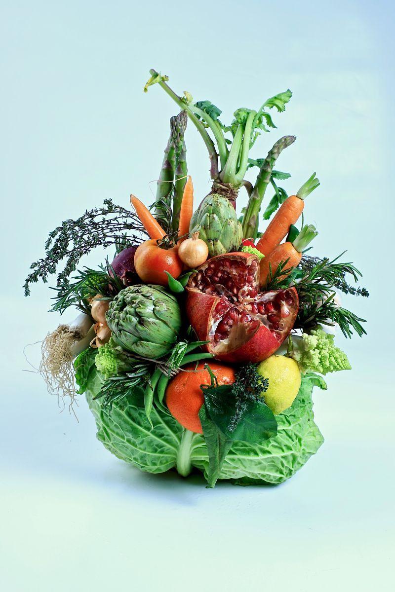 Fotografia centro elaborado con hortalizas