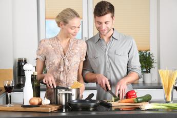 Crece la igualdad en las tareas del hogar
