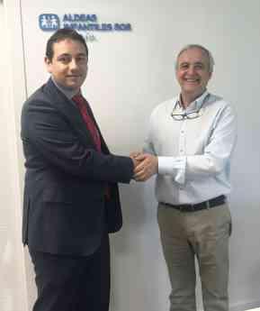 Firma acuerdo Aldeas Infantiles y DHL