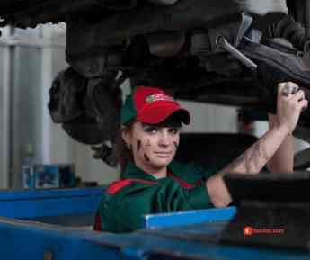 Lo que deberías saber para evitar ser timado en el taller mecánico: