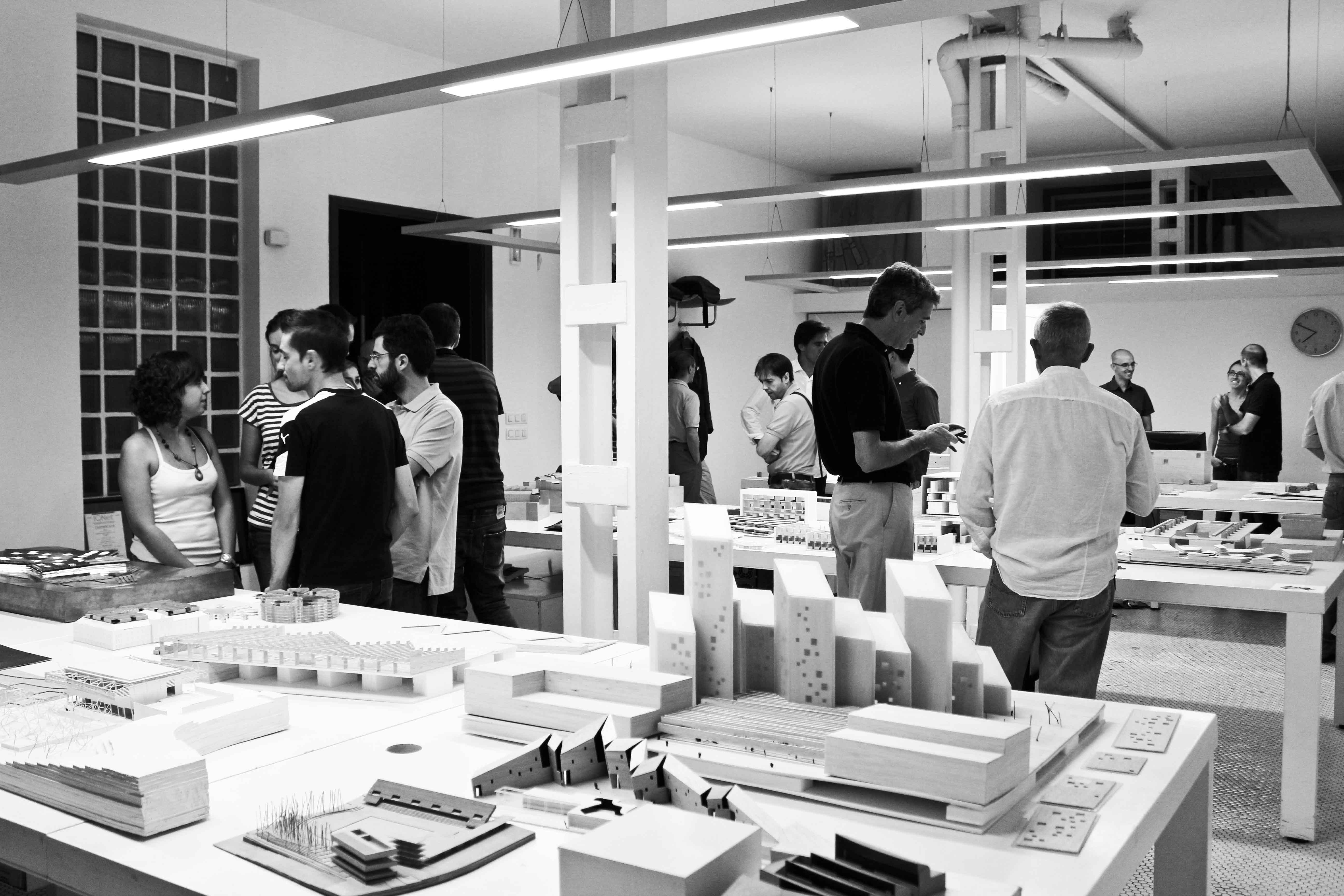 cuarenta estudios de arquitectura hacen un alto y abren