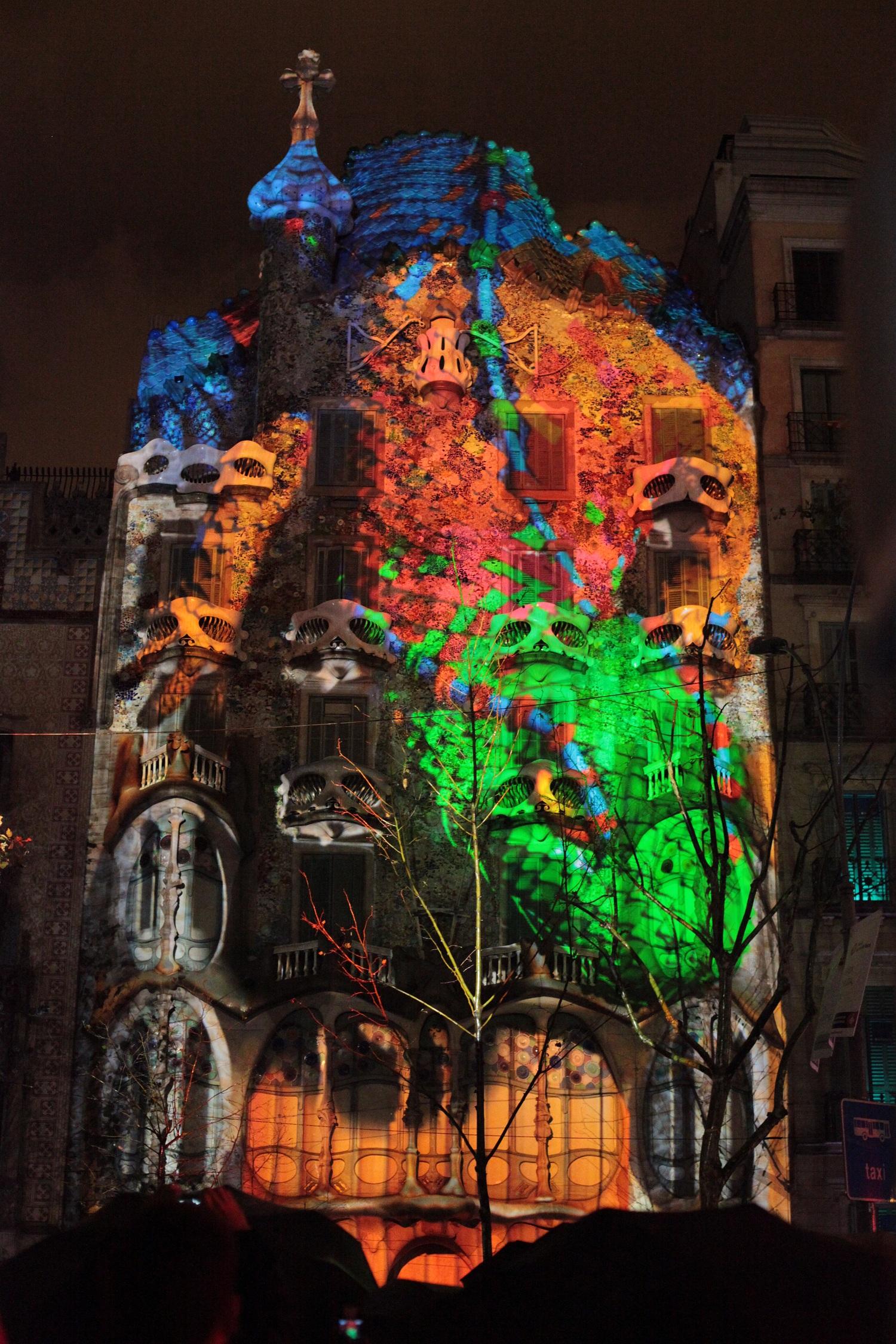 345a15e0dc Casa Batlló encandila Barcelona con un mapping de Christie y BAF ...