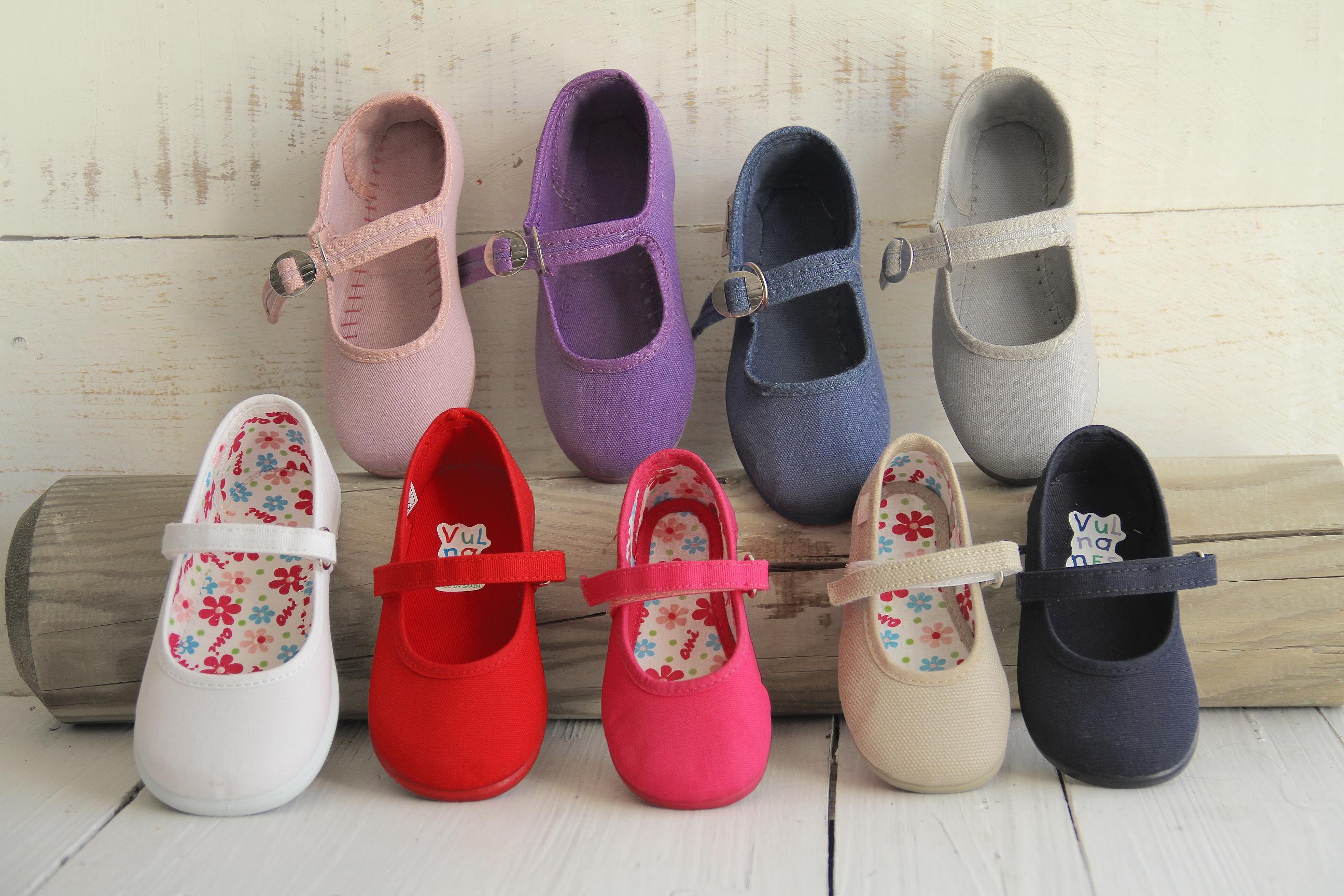 948bc0775 ... concepto de zapatería infantil que tenía un objetivo muy concreto   ofrecer zapatos para niños y niñas de calidad nacional pero un 30% más  baratos que ...