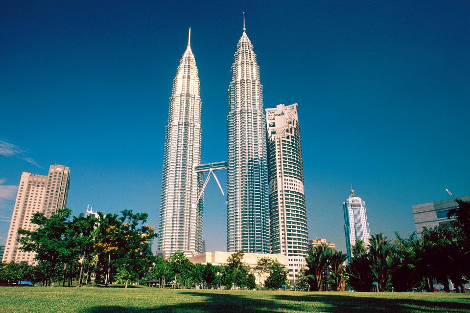 Las Torres Petronas El Símbolo De Malasia Notas De Prensa