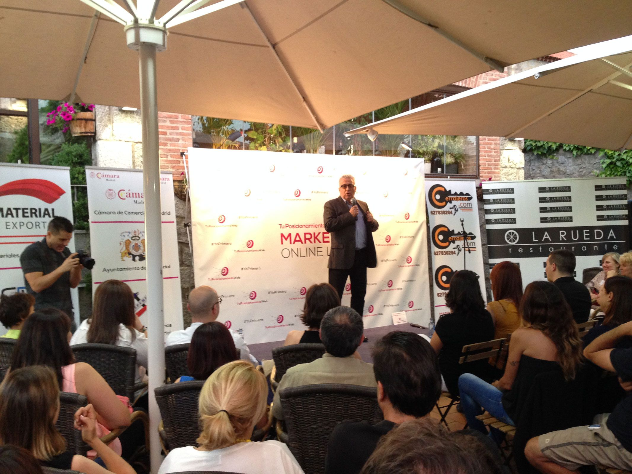 Fotografia Leo Harlem en el Evento Marketing Online Local #YoPrimero