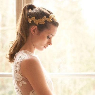 Los Adornos De Pelo Para Novia Completaran Los Looks De Este Ano - Adornos-de-novia-para-el-cabello