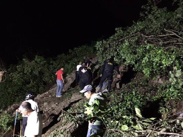 Foto de Rescates en Alud Guatemala