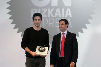 Foto de Kuaderno recibe el premio ON BIZKAIA EMPRESA