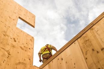 Foto de Estructura de madera edificio eco-pasivo Granada