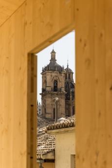 Foto de Edificio eco-pasivo construido en pleno centro histórico en