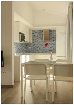 Foto de Cocina apartamento en edificio eco-pasivo