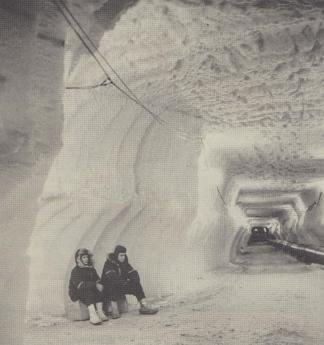 Foto de Camp Century, ciudad bajo el hielo