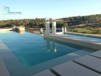 Villas de Lujo en Las Colinas Golf & Country Club
