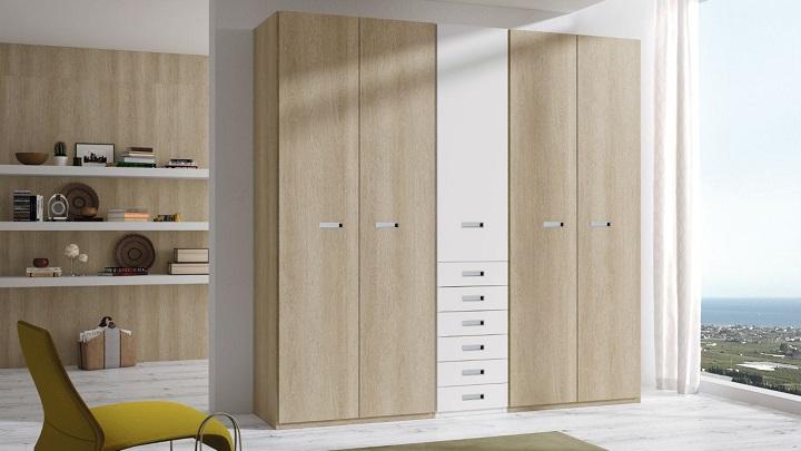 Lo mejor y lo peor de los armarios con puertas abatibles for Armarios puertas abatibles