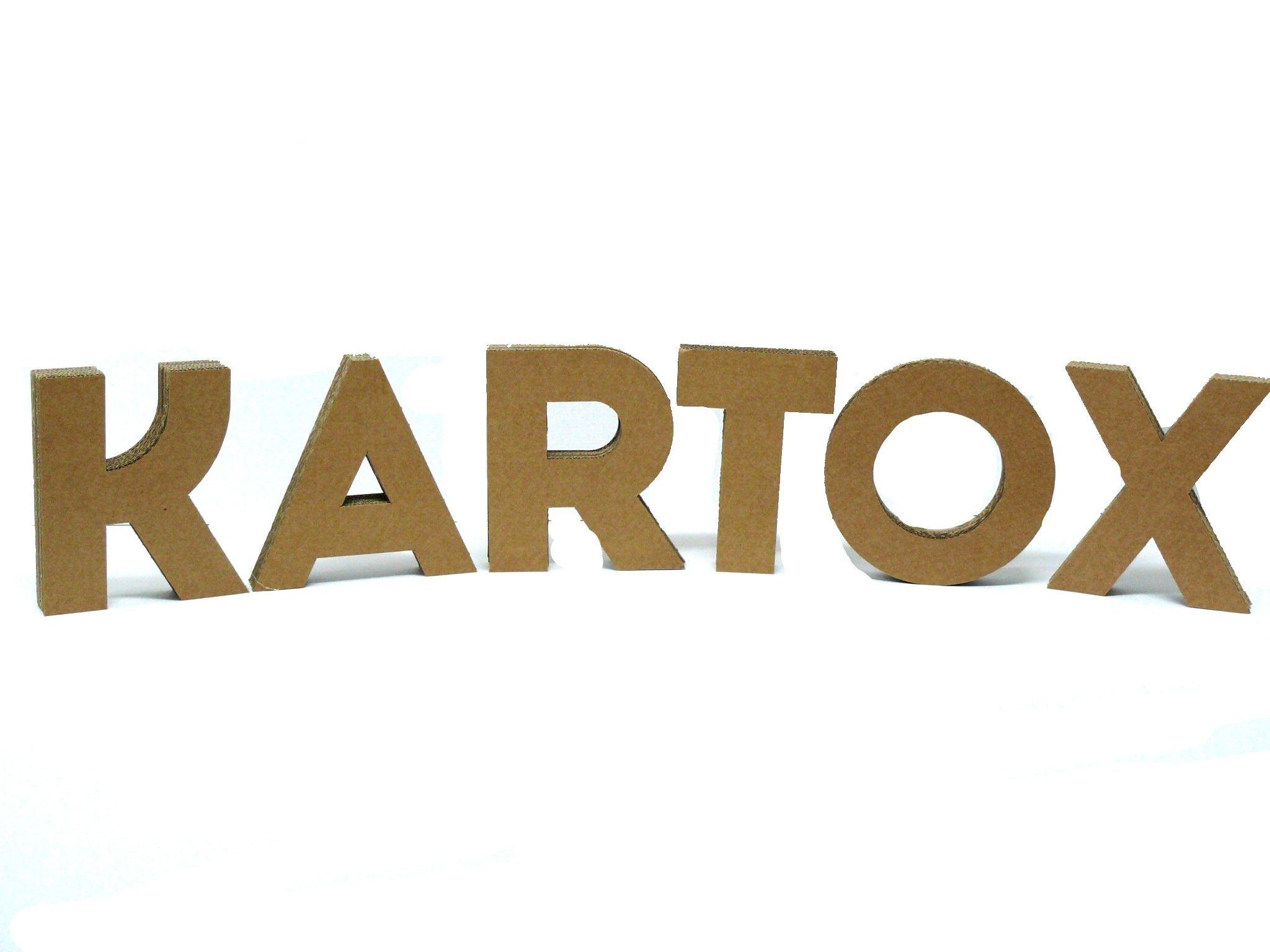 Foto de Logotipo de Kartox fabricado con letras de cartón