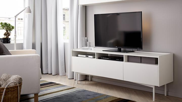La colocaci n de la tele en el sal n factor clave para la - Donde colocar tv en cocina ...