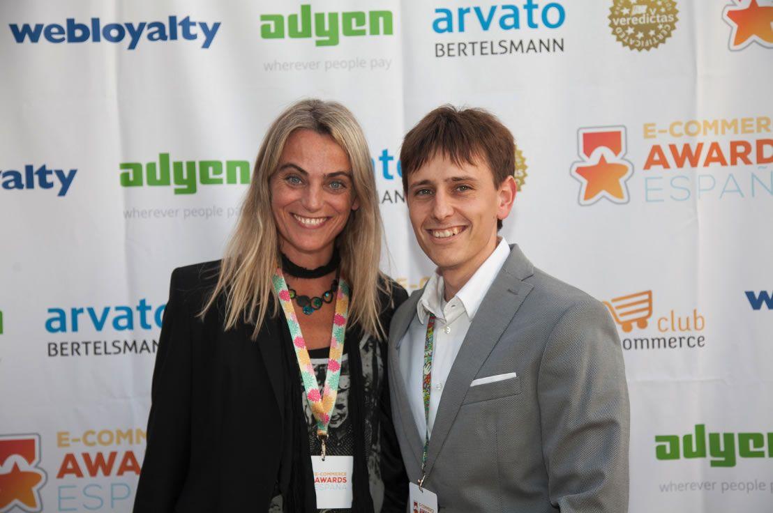 Foto de Paloma Alvarez y Cristian Martinez, en los E-Commerce Awards