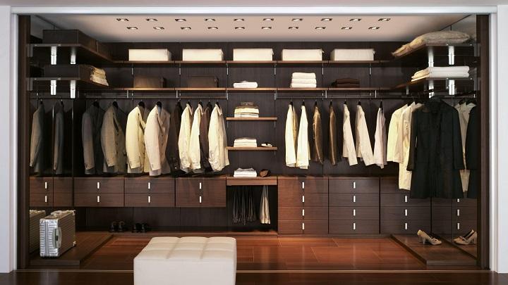 C mo iluminar correctamente un vestidor notas de prensa - Iluminacion interior armarios ...