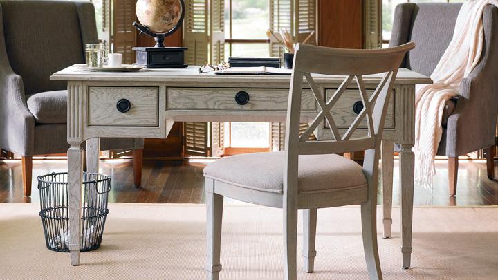 se tienen muebles antiguos en casa se quieren dar una nueva vida si se tienen alguna pieza que refleja el paso de los aos y necesita una pequea
