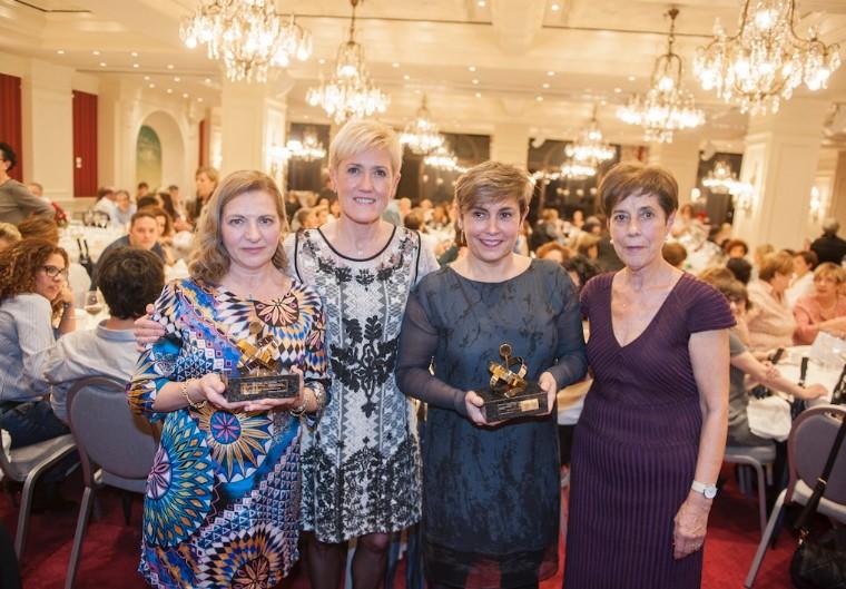 Foto de Las enfermeras Pilar Tazón y Mª Antonia Pérez Argüello,