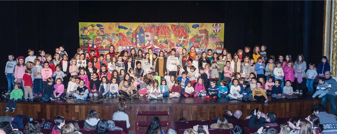 Foto de Foto del Grupo de la Fiesta Anual COEGI
