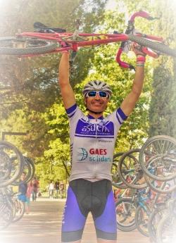 Foto de TONI TORREJÓN, Ciclista de retos extremos solidarios