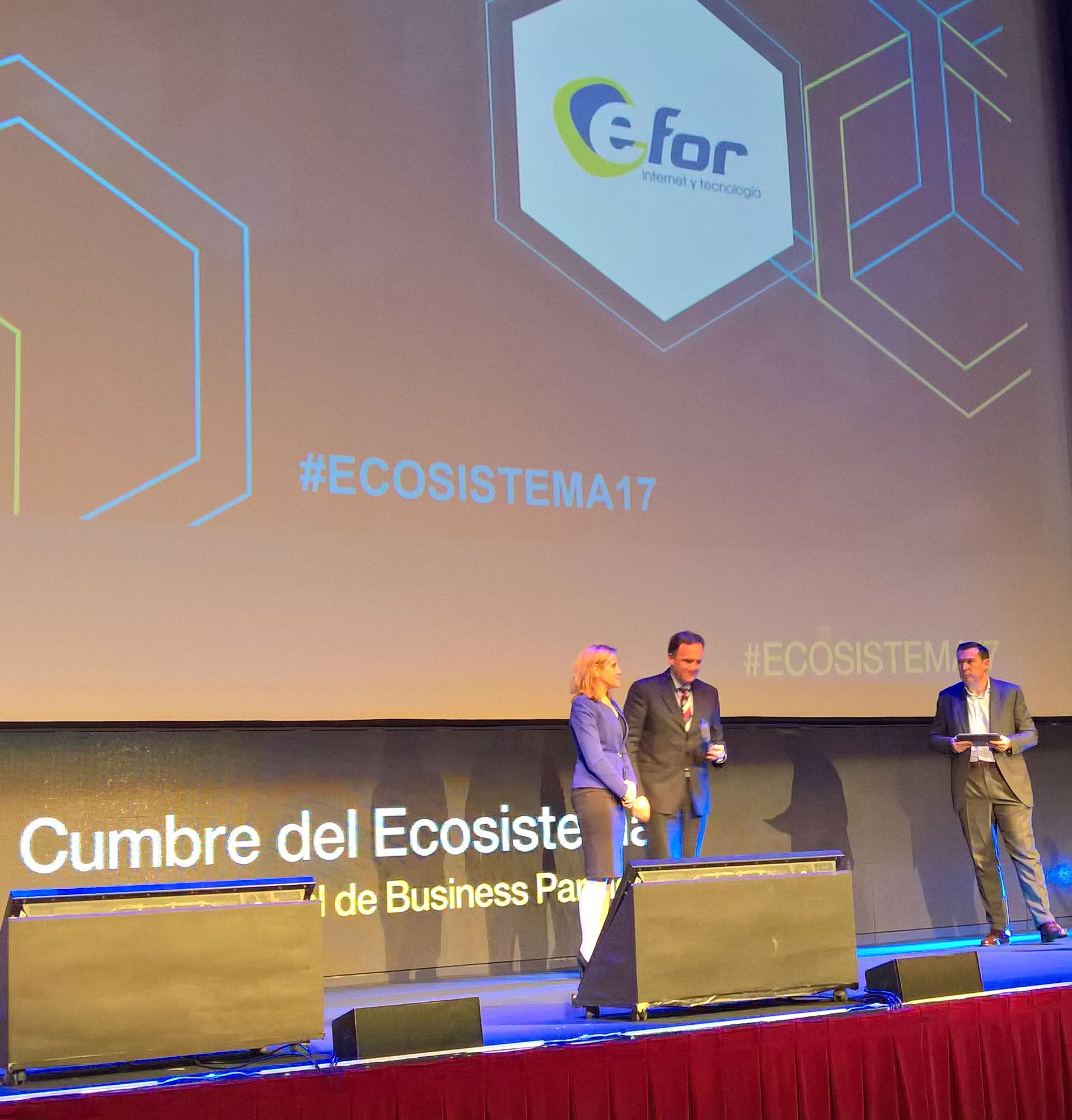 Foto de EFOR gana el premio a la Excelencia en Marketing Digital de