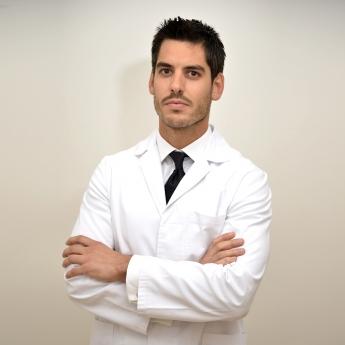 Dr. Carlos Rubi, cirujano plástico, estético y reconstructivo en la clínica Miestetic