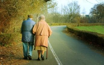 Cuidado de ancianos - Serviasistente.com