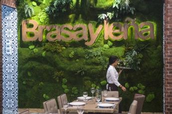 Interior de BrasayLeña