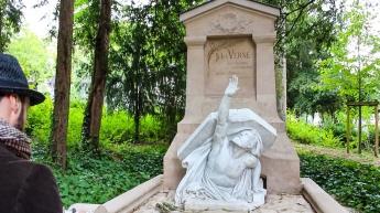 Jules Verne Tomb