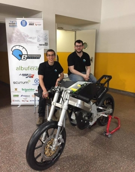 Prototipo de moto eléctrica del equipo EEBE e-Powered Racing