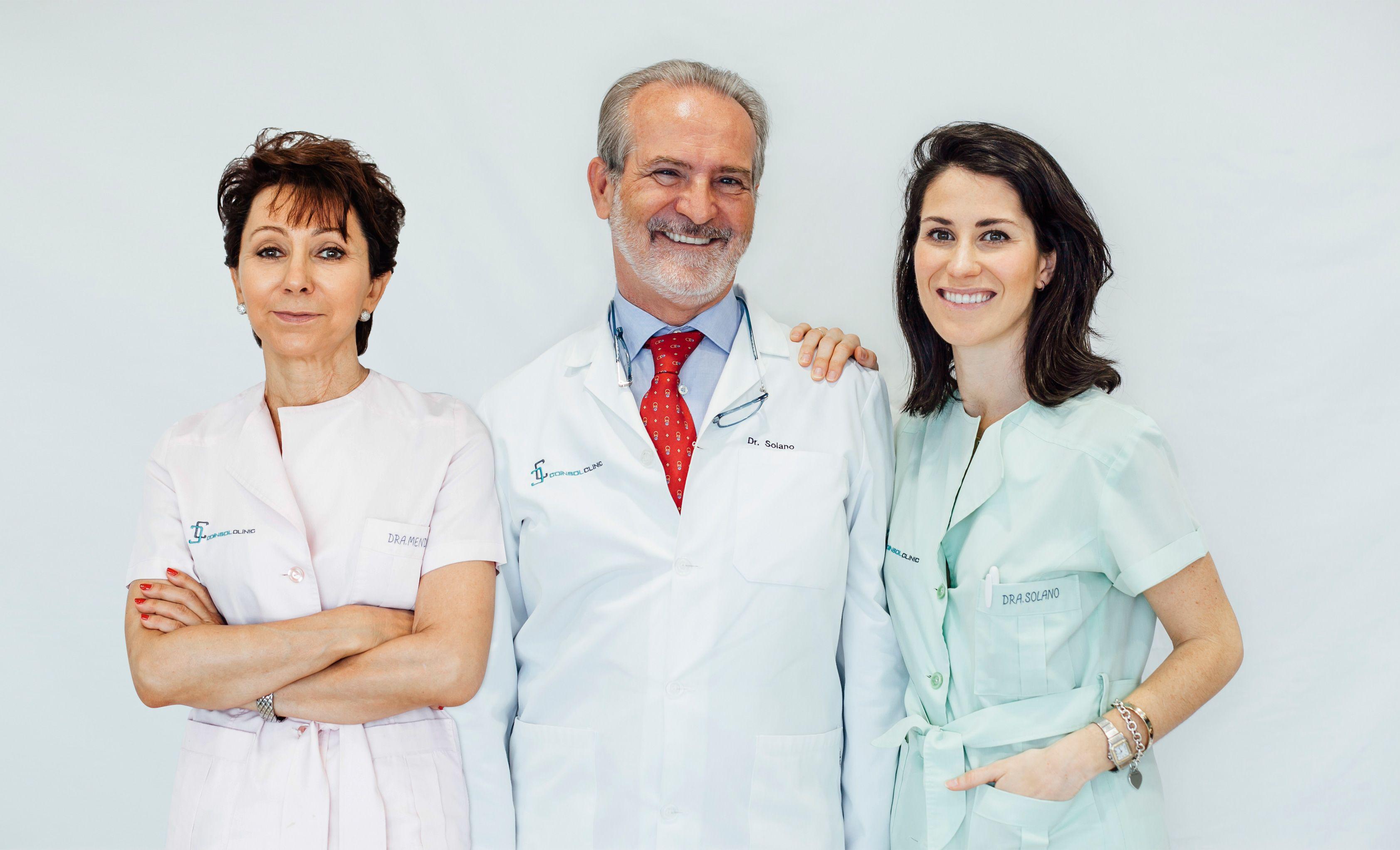 Foto de Doctores: Asunción Mendoza Mendoza, Enrique Solano Reina y