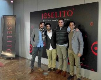 Apache Founders con Joselito