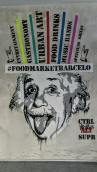 Foto de Grafitti de Tator repeto que fda la bienvenida a Food Market