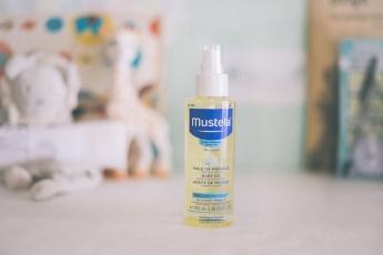 Foto de Aceite de masaje para bebés: Mustela