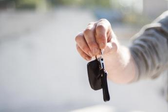 Royal Parking ofrece servicios profesionales a precios low cost en el aeropuerto de Alicante