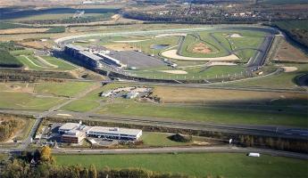 DEKRA crea el centro de pruebas más grande de Europa para vehículos de conducción autónoma y conectada