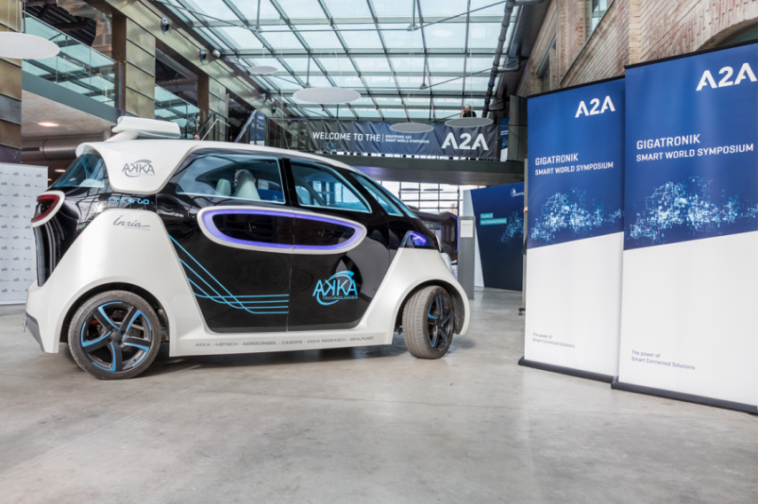 Foto de Link&Go de Akka Technologies, coche eléctrico autónomo.