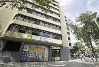Ohmybox abre en barcelona el mayor centro de trasteros - Calle marina barcelona ...
