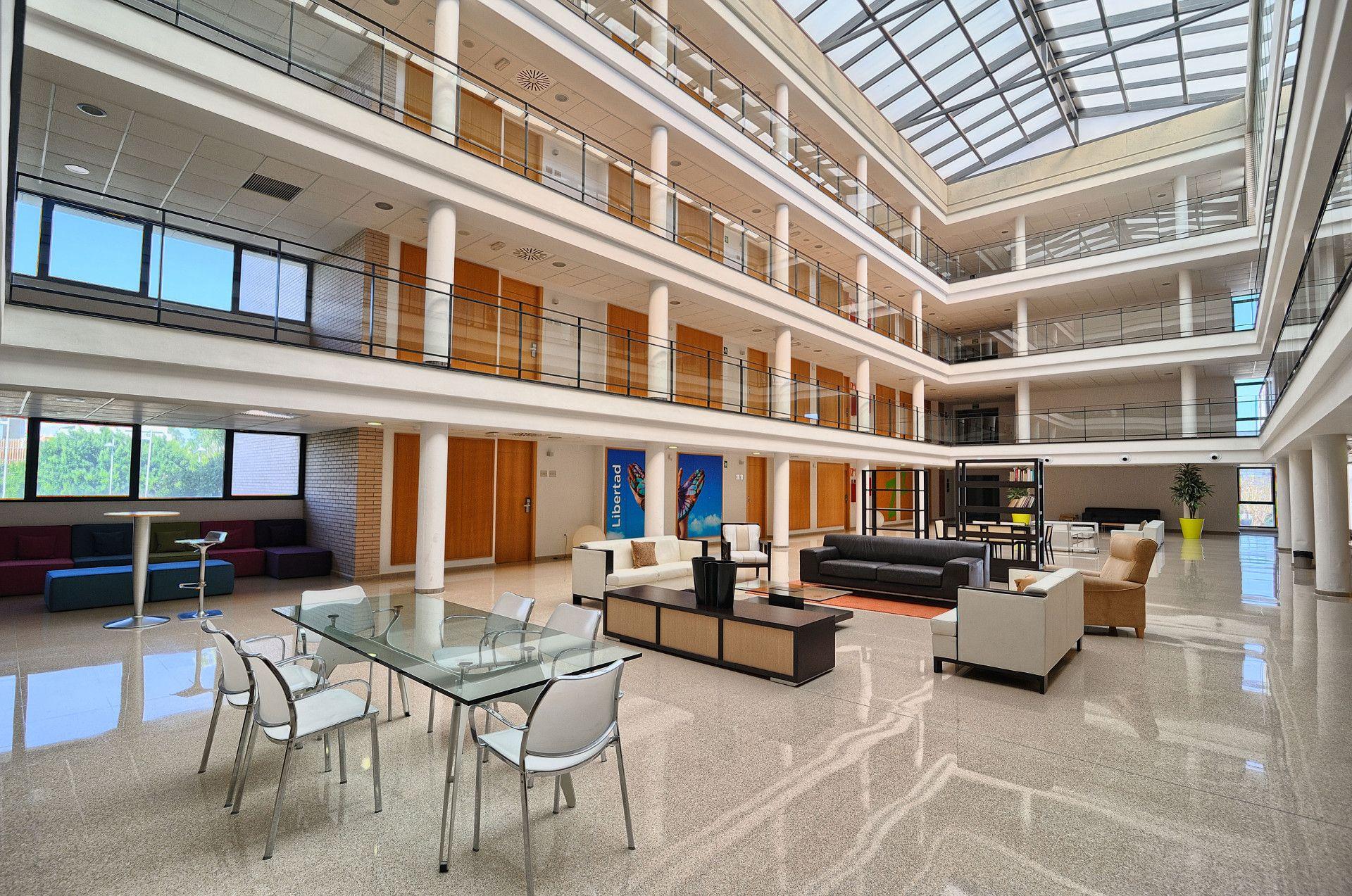 La Villa Universitaria de Alicante inicia su proceso de venta por 19,6 millones